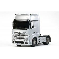 Tamiya 1/14 R/C Mercedes-Benz Actros 1851 GigaSpace (Black Edition)